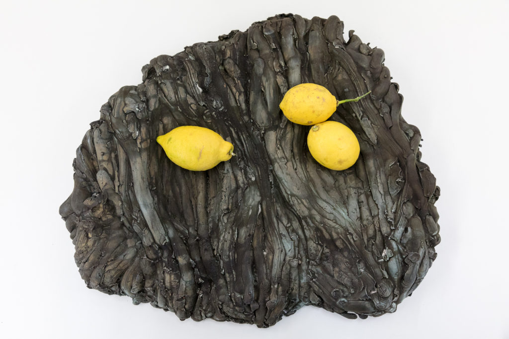 Angelika Loderer: Quiet Fonts (Hole Bowl), 2017, patinated bronze, 52 x 45 x 8 cm. Photography: www.kunst-dokumentation.com. Courtesy: Sophie Tappeiner