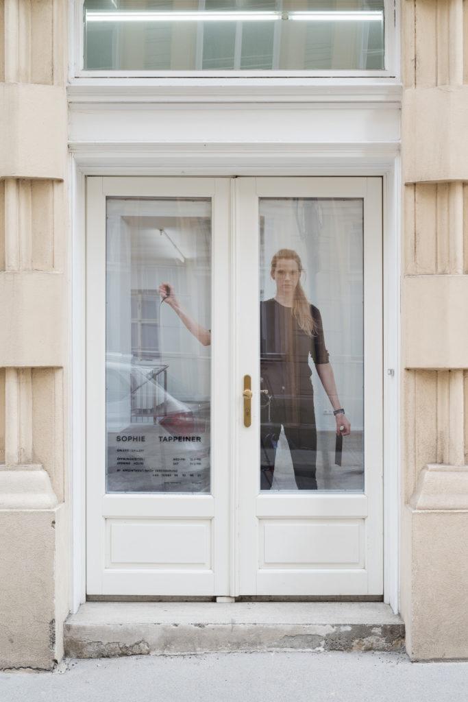 Sophie Thun, Rain on pane, 2018, Sophie Tappeiner